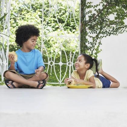 kids summer outside eating food snack siblings boy girl