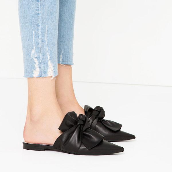 Closed-Toe Slides