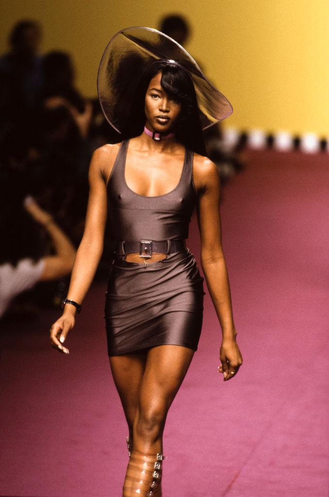 Défilé Karl Lagerfeld, Prêt-à-Porter, Printemps-été 1995 à Paris