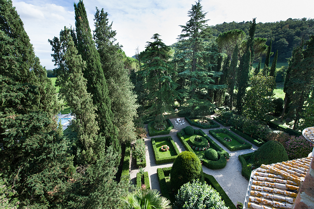 Castello di Bagnara - Italianate garden