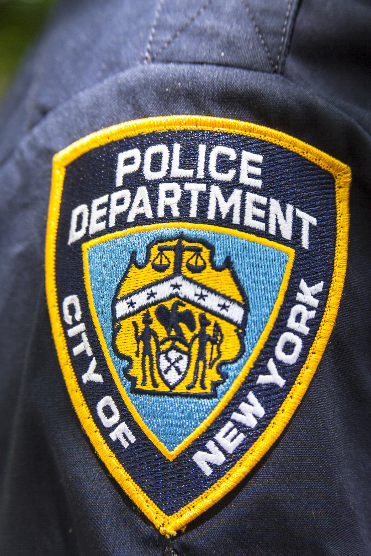 New York Police Department badge on policeman's shirt, NYPD, Manhattan, New York City, New York, USA