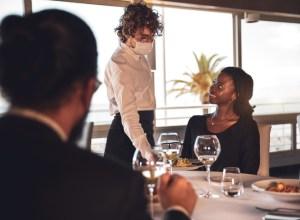 working in a restaurant during coronavirus