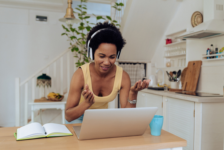 facts about women investing