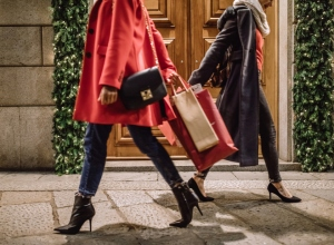 Fashionable Ladies In Christmas Shopping