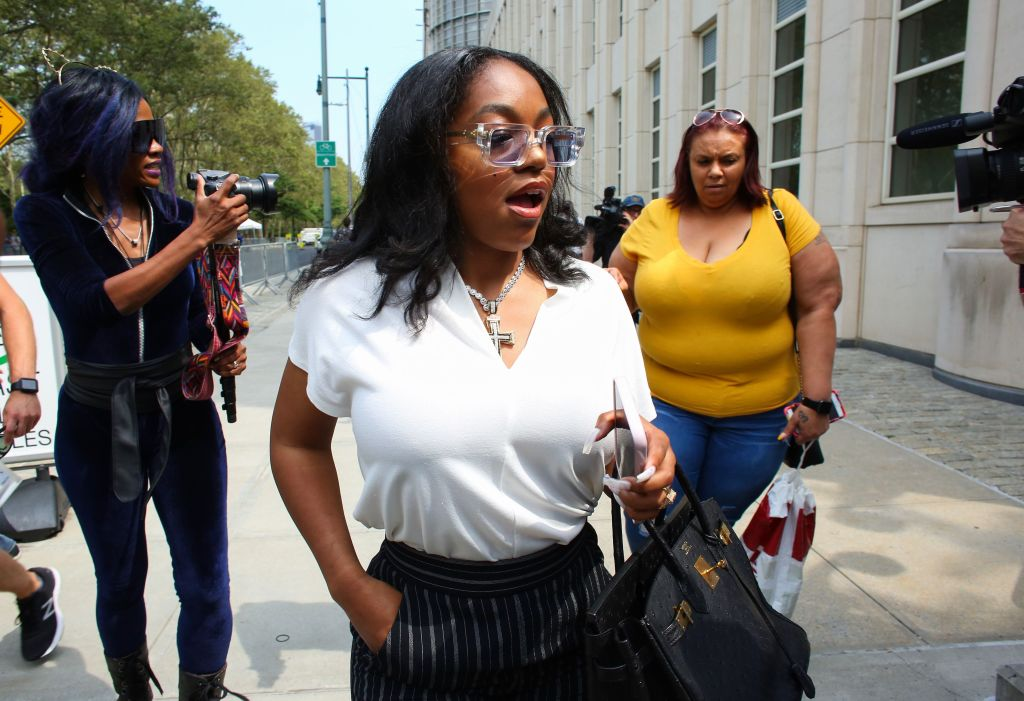 Azriel Clary, leaving a hearing for R. Kelly, says she felt unsupported by fellow Black people