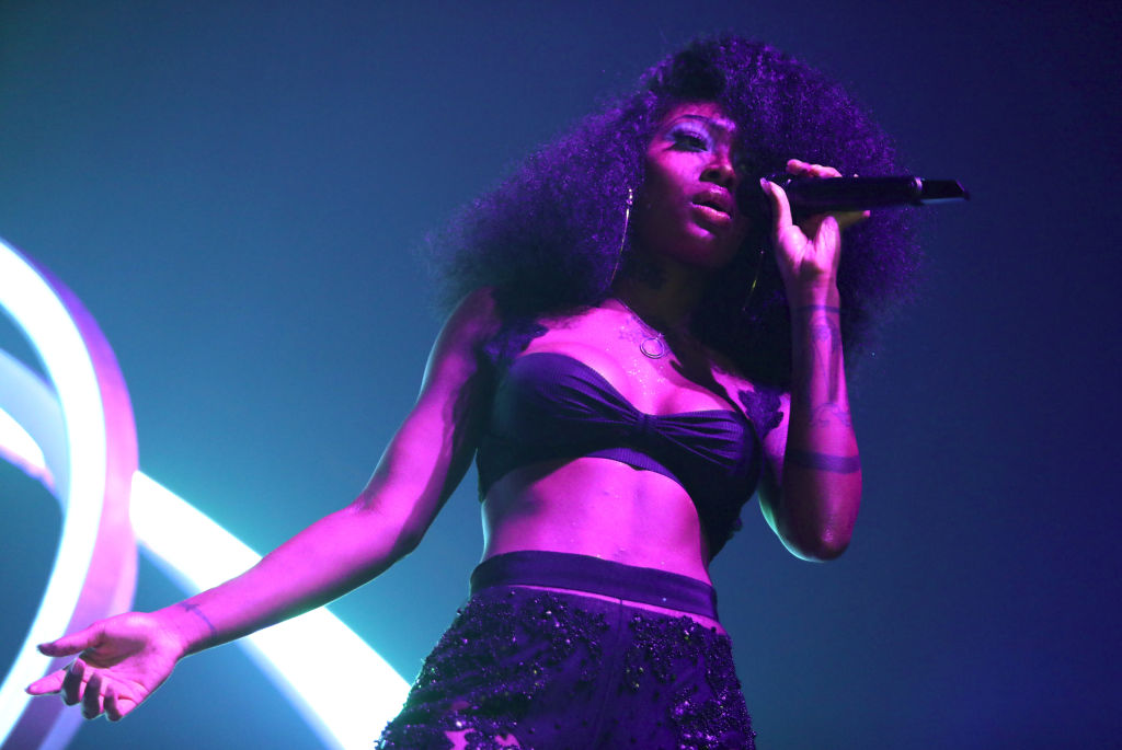 Summer Walker, seen performing At The Novo, has had a lot to say about her ex London on da Track