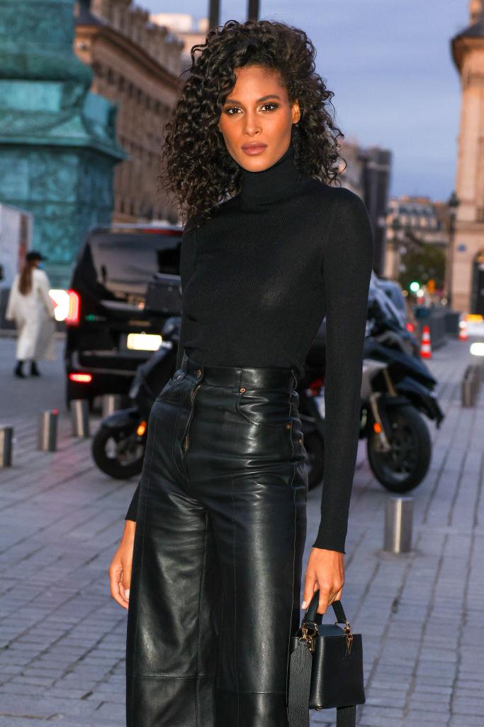 Celebrity Sighting At Paris Fashion Week - Womenswear Spring Summer 2021 : Day One