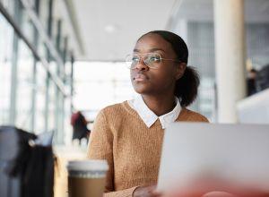 student loan by race,