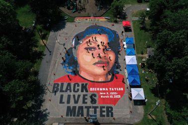 Breonna Taylor Mural In Historically Black Maryland Neighborhood